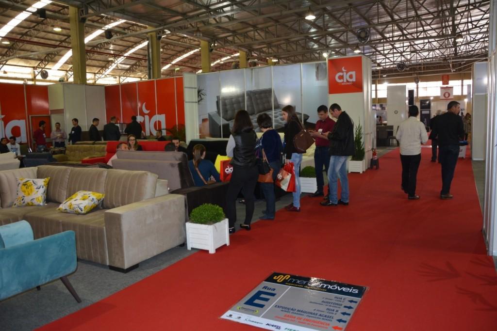 Mercomóveis 2017 tem entrada gratuita e transcorre até sexta-feira (18), das 13h às 20h, no Parque de Exposições Tancredo de Almeida Neves em Chapecó