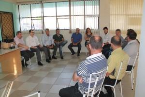 Assembleia geral da Amoesc/Simovale reuniu representantes da Fiesc e empresários associados